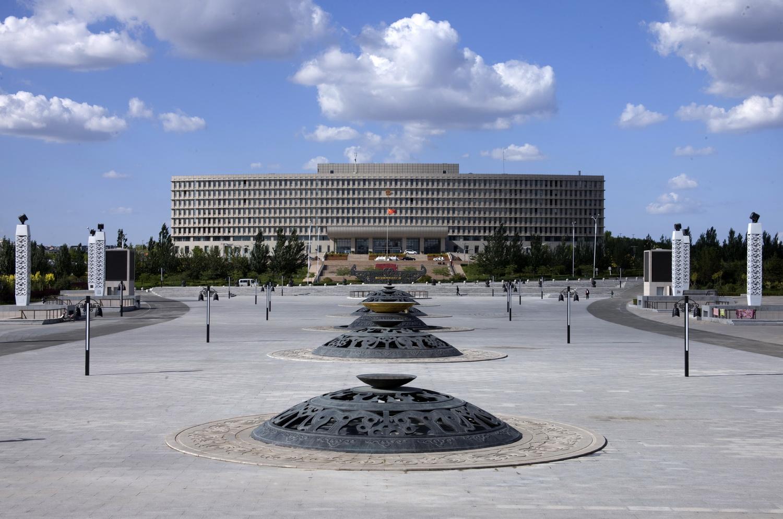 鄂尔多斯青铜器广场设计